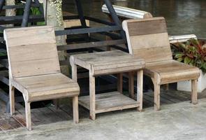 conjunto de muebles de madera