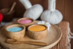 tratamiento de belleza exfoliante de sal foto