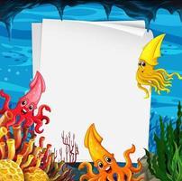 Plantilla de papel en blanco con muchos personajes de dibujos animados de calamares en la escena submarina vector