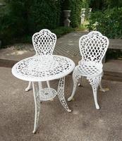 muebles de patio de metal blanco