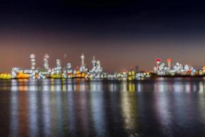 luces borrosas del paisaje nocturno foto