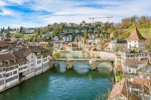 Vista del casco antiguo de la ciudad de Berna, Suiza foto