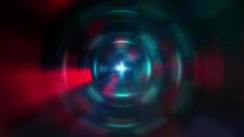 túnel de luz futurista com círculo azul-vermelho-roxo
