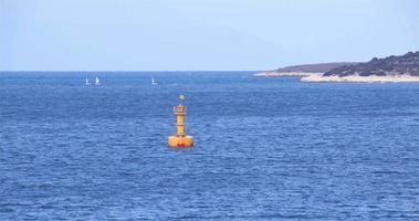 veleiros e barcos com ponteiros de profundidade supera o oceano