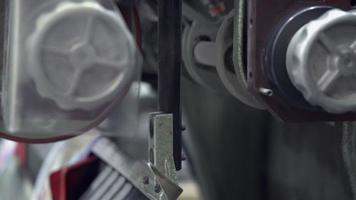 closeup de equipamento de tipografia video