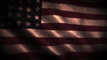 Drapeau ondulant des Etats-Unis dans un éclairage dramatique video