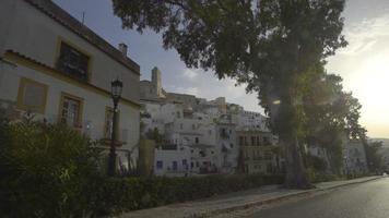 espanha, ibiza cidade dalt vila igreja revelar video