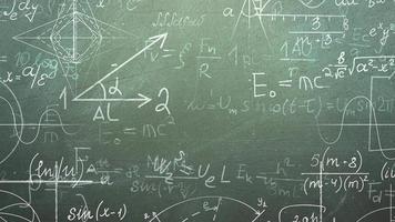fórmula matemática e quadro-negro