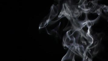 fumaça preta e branca video
