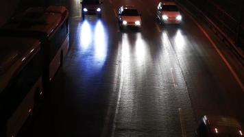 o tráfego à noite