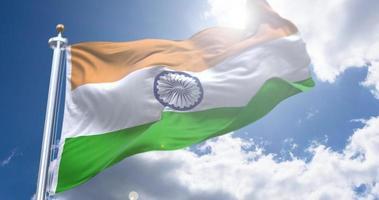 bandeira da índia voando durante o dia da independência