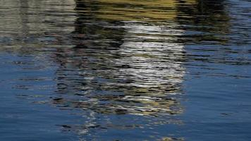 abstract kleurrijk zeeoppervlak video