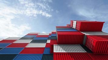 volando por encima de la pila de contenedores, barco de carga para la logística de importación y exportación