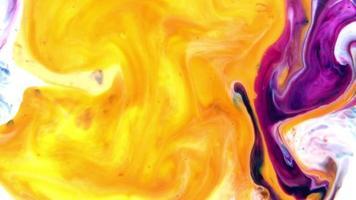 Resumen de arte tinta pintura explotar colorido fantasía propagación video