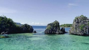 o paraíso rochoso perfeito de phuket, tailândia video