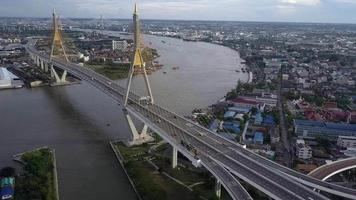 Traffic at the Bhumibol Bridge, Thailand.