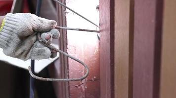 técnico de soldagem de aço hengé