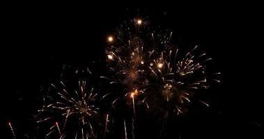 hermosos fuegos artificiales reales de cerca