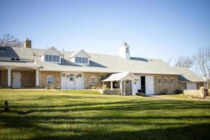 gran casa suburbana