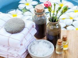 Spa items and flowers photo