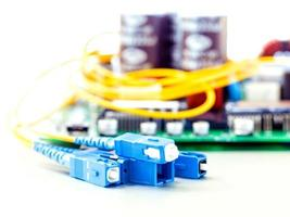 equipo de fibra óptica en blanco