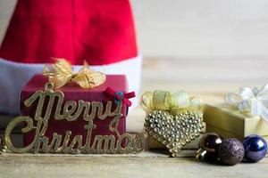 adornos y adornos navideños foto