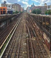 Las vías del metro en el Upper East Side de Manhattan, Ciudad de Nueva York foto