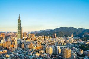 Taipei 101 tower in Taipei city, Taiwan photo