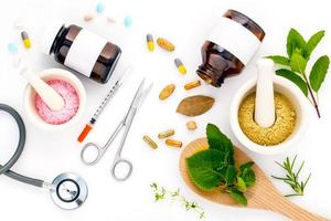 vista superior de la atención médica alternativa foto