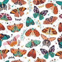 patrón sin fisuras con coloridas mariposas y polillas dibujadas a mano sobre fondo blanco. insectos voladores estilizados con flores y elementos decorativos, ilustración vectorial.