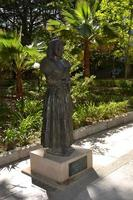 estatua en un parque en homenaje a la mujer goyesca en la ciudad de ronda, 2012