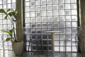 muebles interiores minimalistas del café