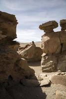 Formaciones rocosas del desierto de Dalí en Bolivia foto