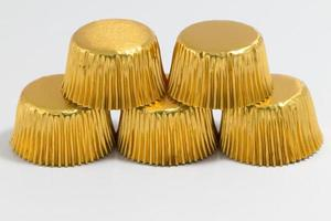 tazas para hornear de aluminio en color dorado