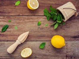 limón y menta foto