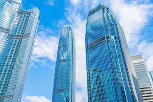 edificios de gran altura en la ciudad de hong kong, china foto