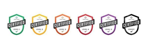 insignia de logotipo certificado. Certificado digital de nivel de criterios con línea de logotipo de escudo. plantilla segura de icono de ilustración vectorial.