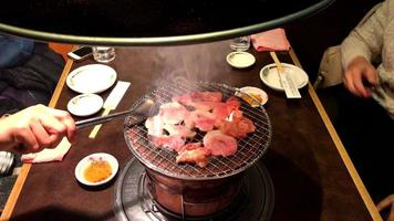 grelhar porco yakiniku - estilo japonês