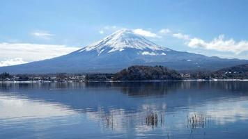 Time lapse Fuji Mountain with lake and snow in Japan video