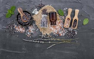 Organic salt and pepper photo