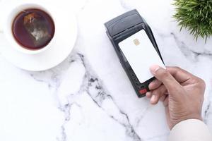 pago contactless con tarjeta de crédito