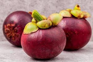fruta de mangostán rojo