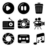 paquete de dispositivos e íconos multimedia sólidos vector