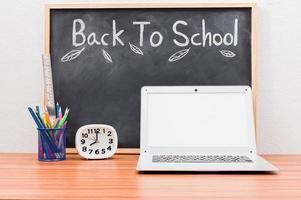 concepto de regreso a la escuela y la educación para aprender a mejorar las habilidades