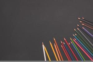 lápices multicolores foto