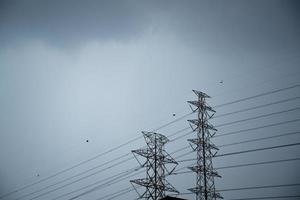 torres de alto voltaje foto