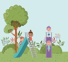 niños felices en el tobogán del parque vector