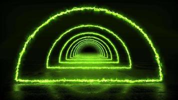 corredor escuro infinito com energia verde