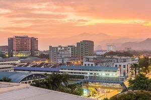 Vista de la mañana de la ciudad de Ipoh, Perak, Malasia, 2017