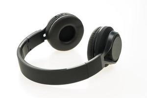 auriculares sobre fondo blanco